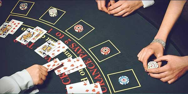 Kiraan sebenar sistem Card Counting bagi Blackjack