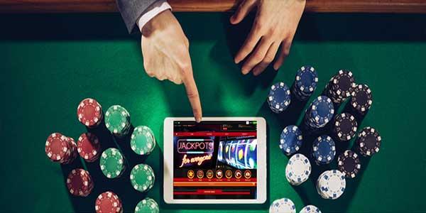 Bahaya Tersembunyi dalam Perjudian Kasino Online